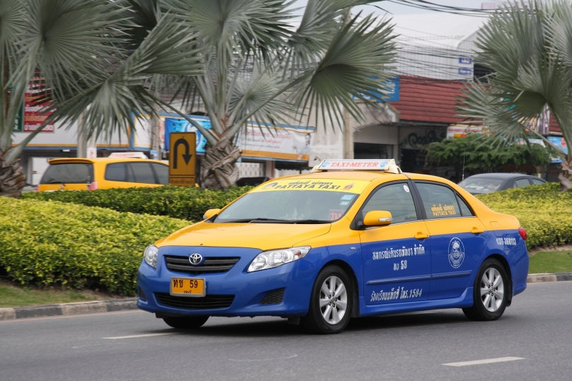 Taxi-meter_in_Pattaya_05.jpg